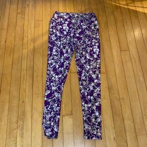 2 / $15 Lularoe purple skeleton Halloween leggings